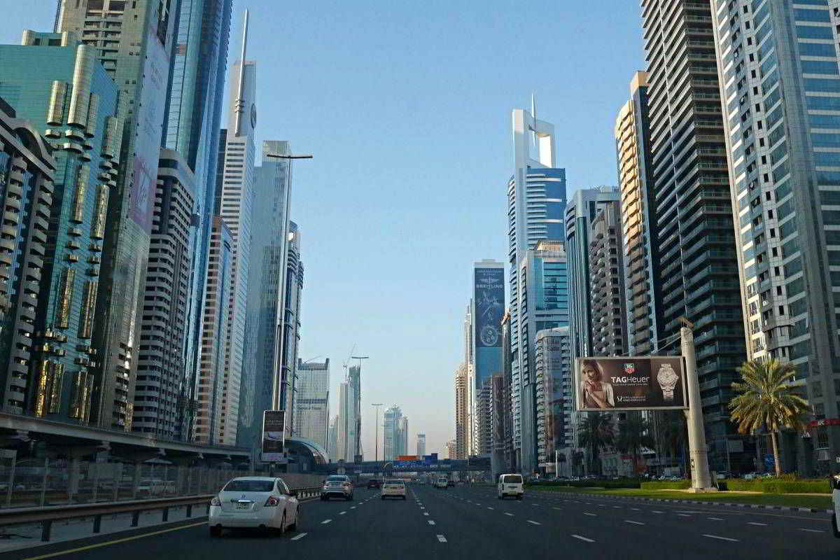 Dubai Luxury Car Hire Traffic Regulations